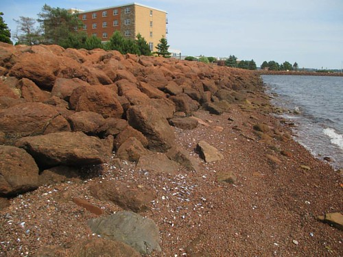 Towards the Culinary Institute #pei #charlottetown #charlottetownharbour #brighton #beach #red #sandstone #latergram