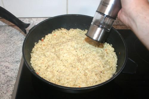 38 - Mit Pfeffer & Salz abschmecken / Taste with pepper & salt