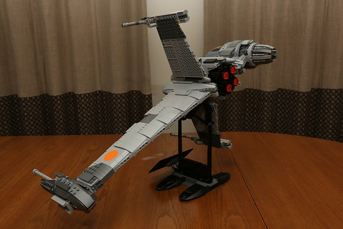 10227 B-wing Starfighter Review - 9 | by fbtb