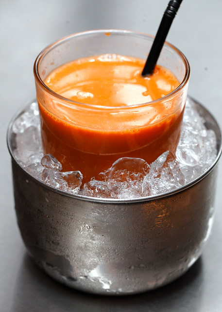 Thai Milk Tea on Iceberg