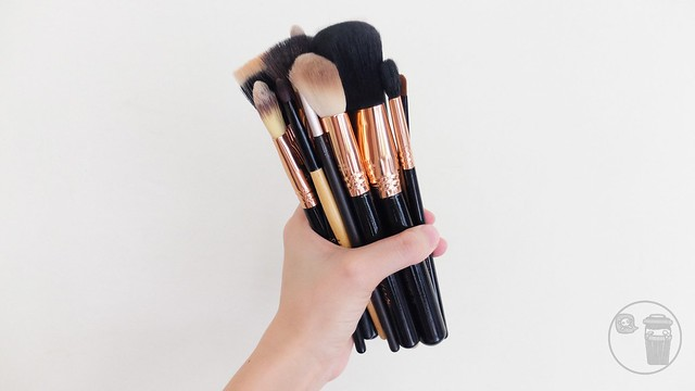 what makeup brushes to use