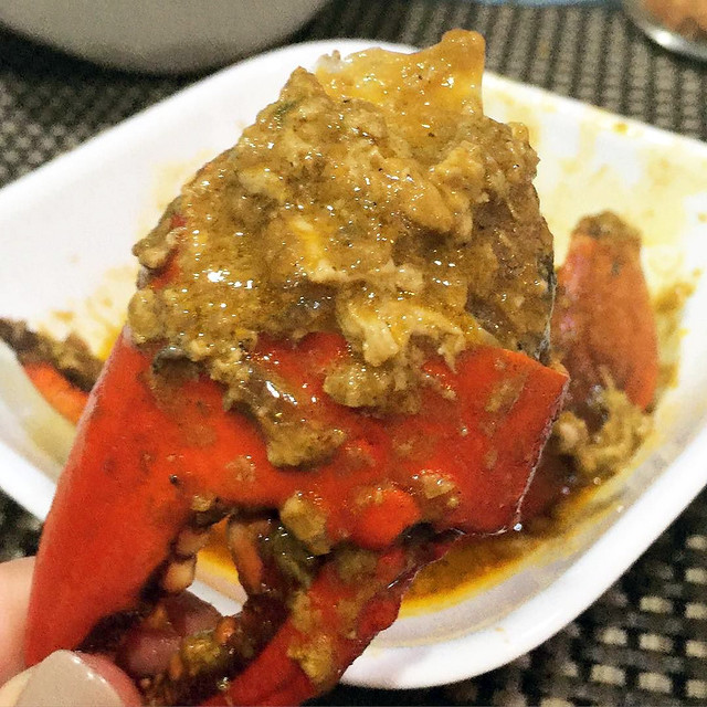Ley's Kitchen - Garlic Crabs and Coco Garlic Crabs._Text_now___