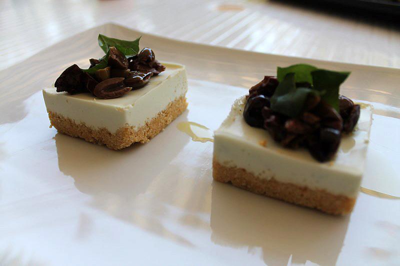 04-Cheesecake salata con burrata e olive taggiasche