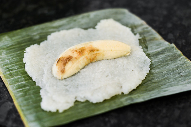 Grilled Banana Wrapped in Sticky Rice