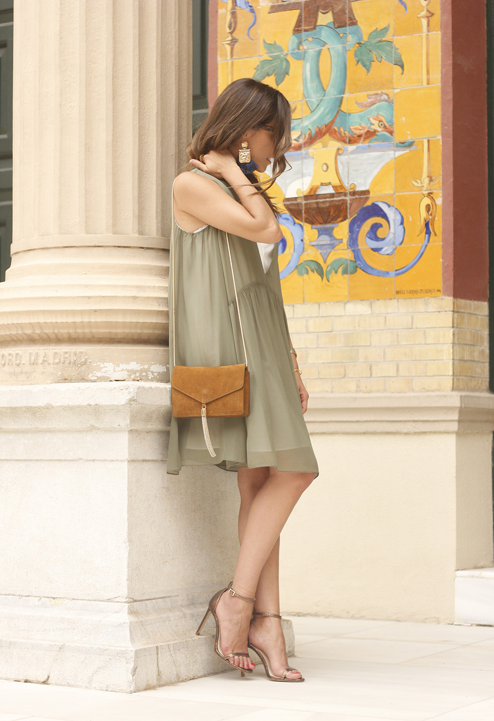 Olive green maje dress bronze heels uterqüe bag Mango earrings summer outfit12