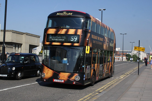 Arriva London South LT335
