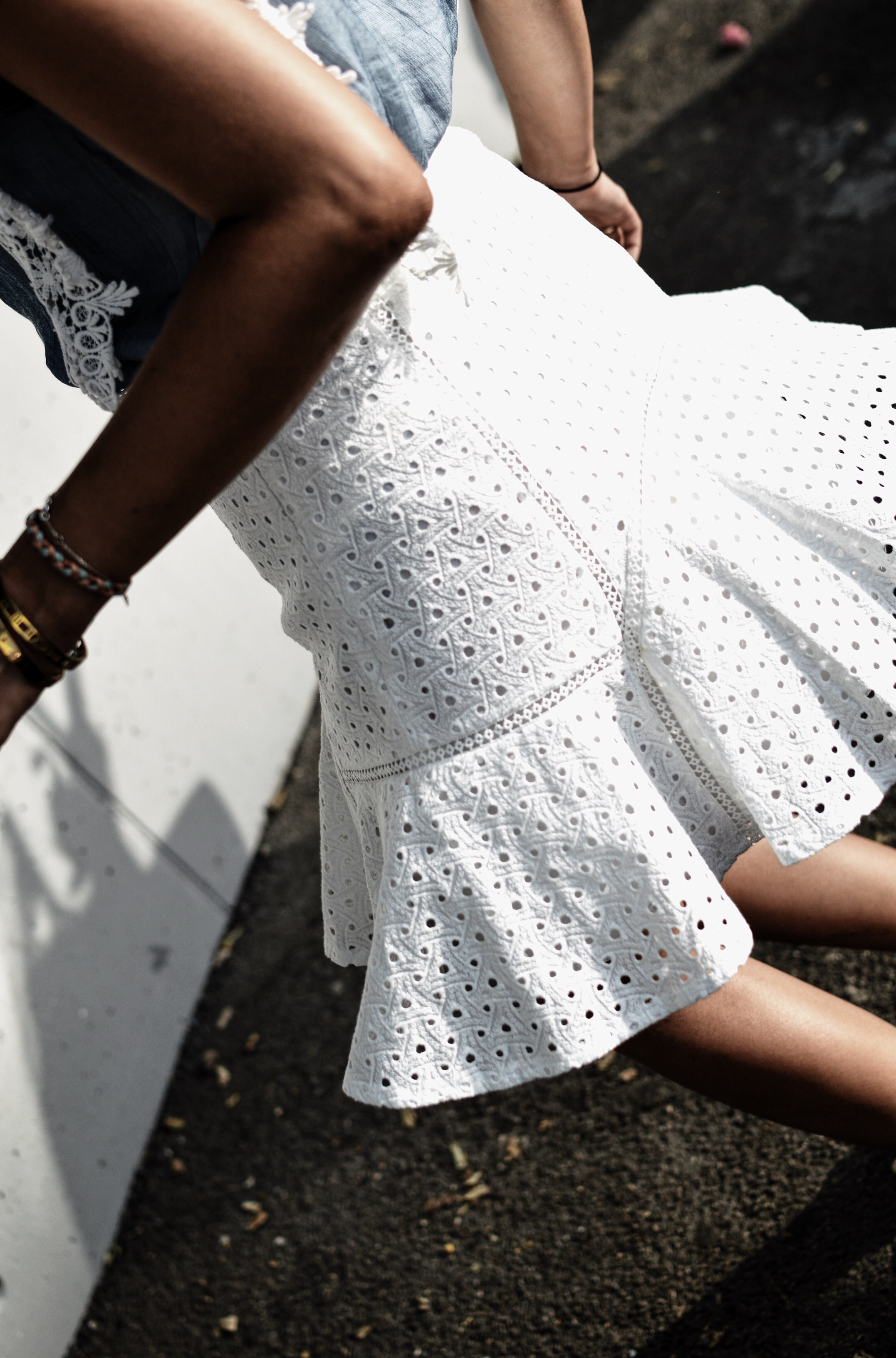 falda blanca de verano