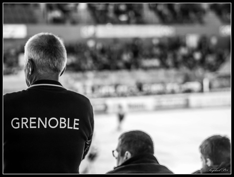 Hockey - Grenoble / Amiens 30229690635_fae0a77745_c