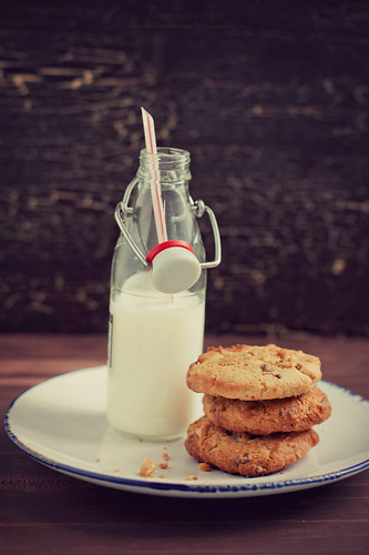 Peanut Butter Cookies & milk | by Kate Morozova
