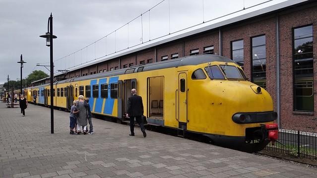 Utrecht Maliebaan Spoorwegmuseum Afscheidsrit Mat'64