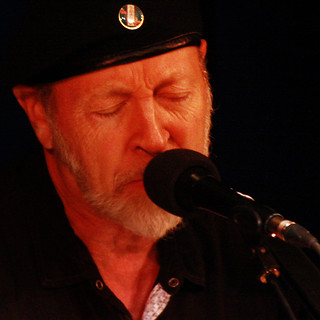 Richard Thompson at Country Music Hall of Fame's Songwriter Sessions | by parke_jo