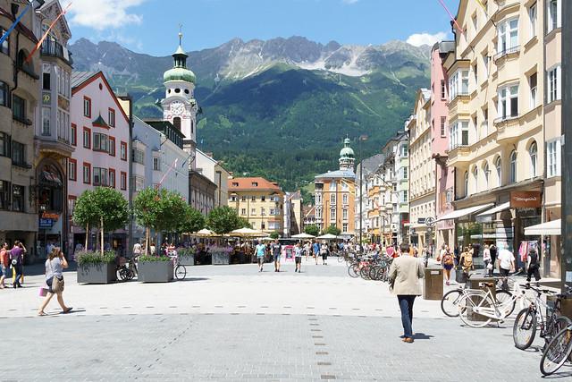 Alpenpanorama in der Innenatdt von Innsbruck