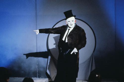 映画『ホドロフスキーの虹泥棒』より © 1990 Rink Anstalt / © 1997 Pueblo Film Licensing Ltd
