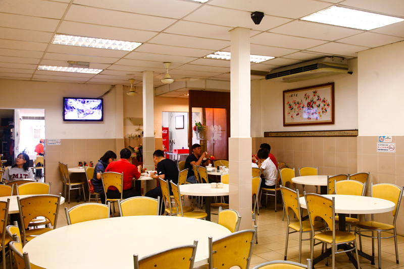 Loke Yun Ampang Chicken Rice Air Conditioned