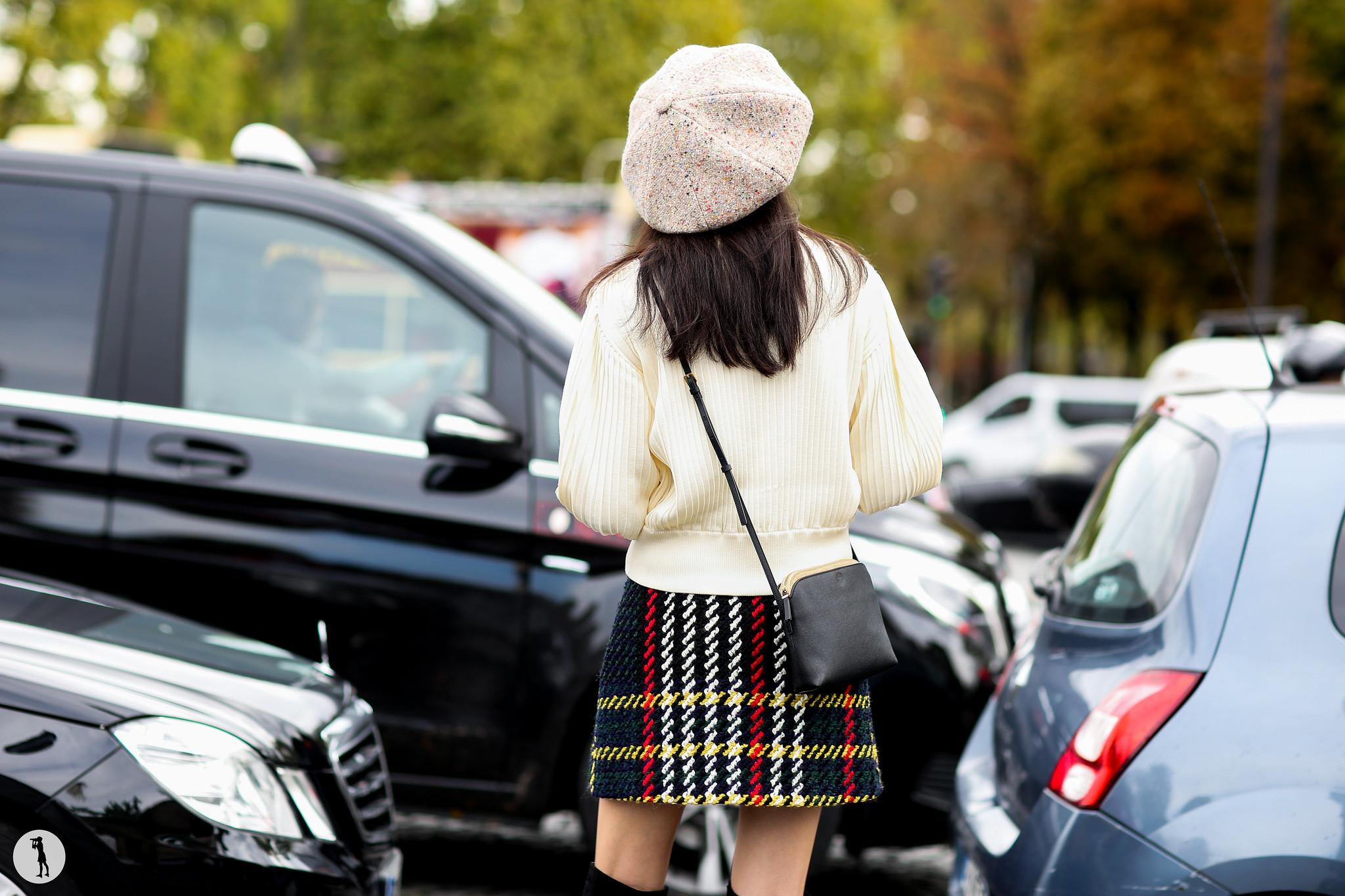 Model at Paris Fashion Week-5