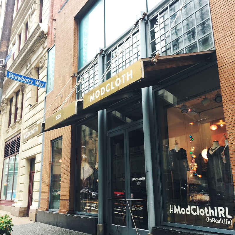 modcloth-irl-pop-up-shop-pittsburgh-7