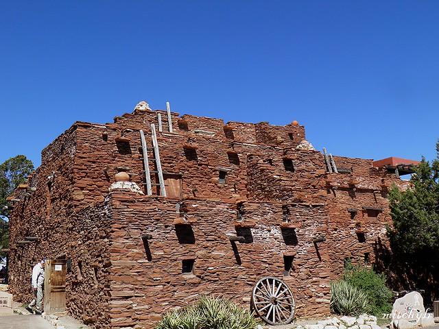 Hopi House 1