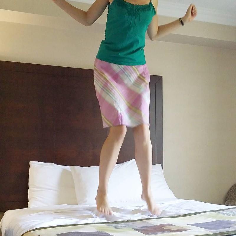 Bed jumping / etdrysskanel.com
