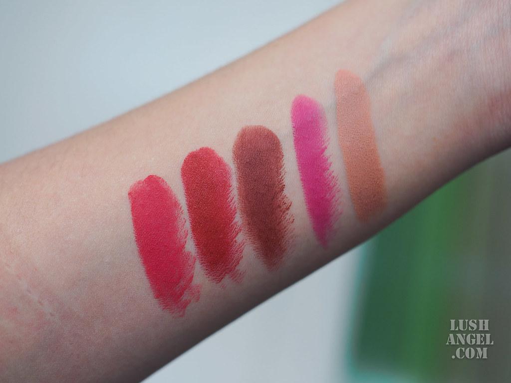mac-its-a-strike-lipstick-swatch