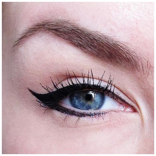 705_eyeliner_09
