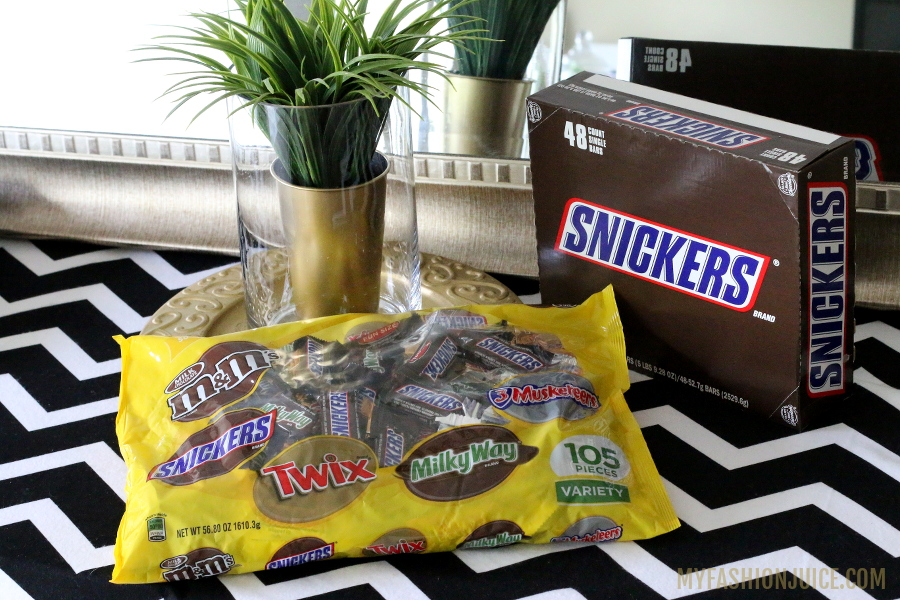 Snickers, Chocolate candy bars, Mars, #Chocolate4TheWin, #shop, Football Chocolate Cream Puffs, dessert