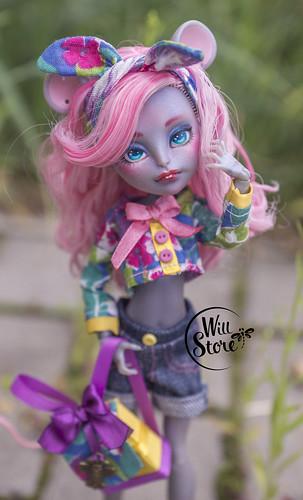 OOAK Mouscedes King custom doll by WillStore