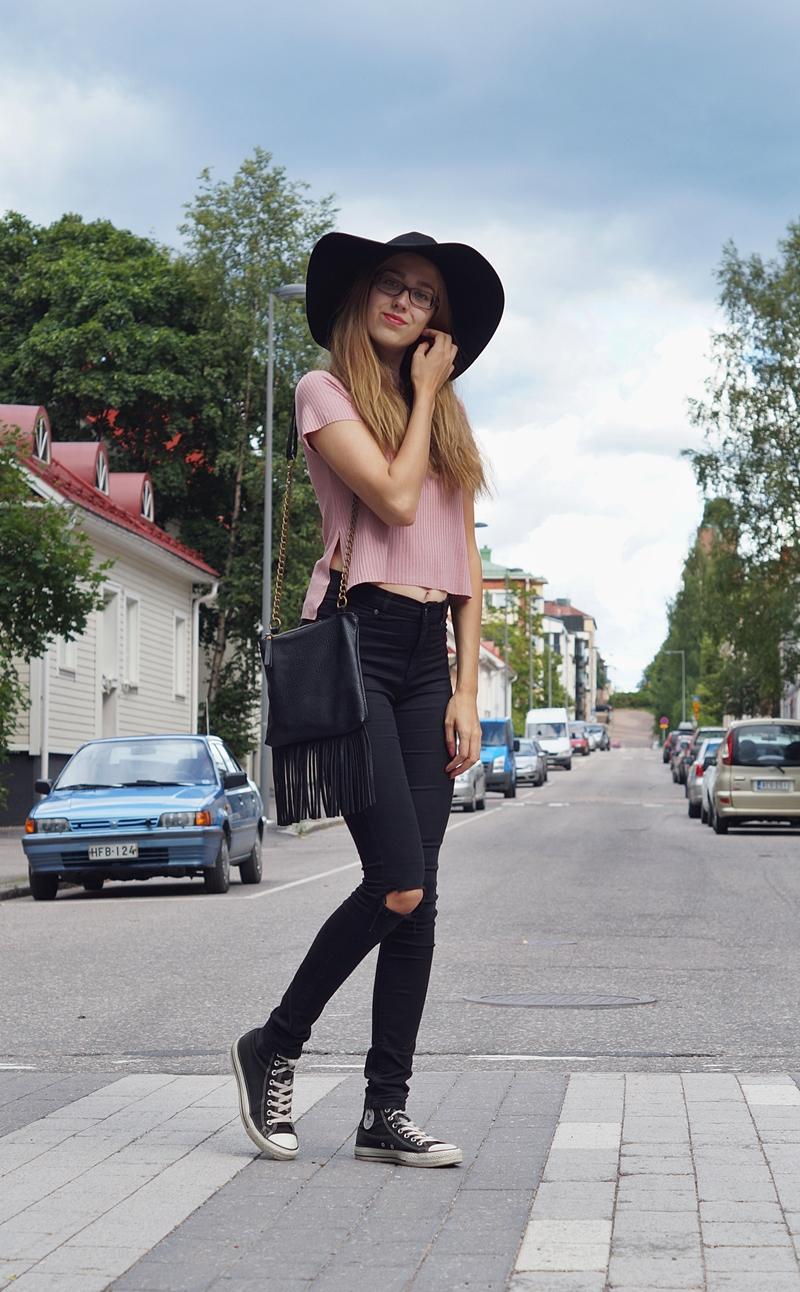 hattutäti3