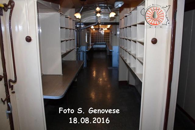 077 - Settembre 2016 - Dentro il postale 29322963955_2074c904af_z