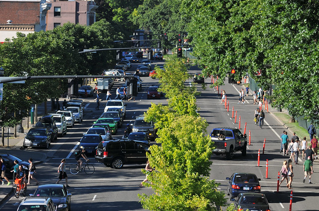 Naito Parkway traffic observations -13.jpg