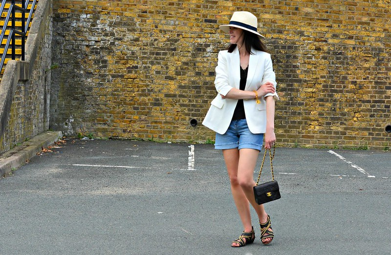 Styling a basic white top and denim: Marks & Spencer challenge - Michelle, RetroChicMama