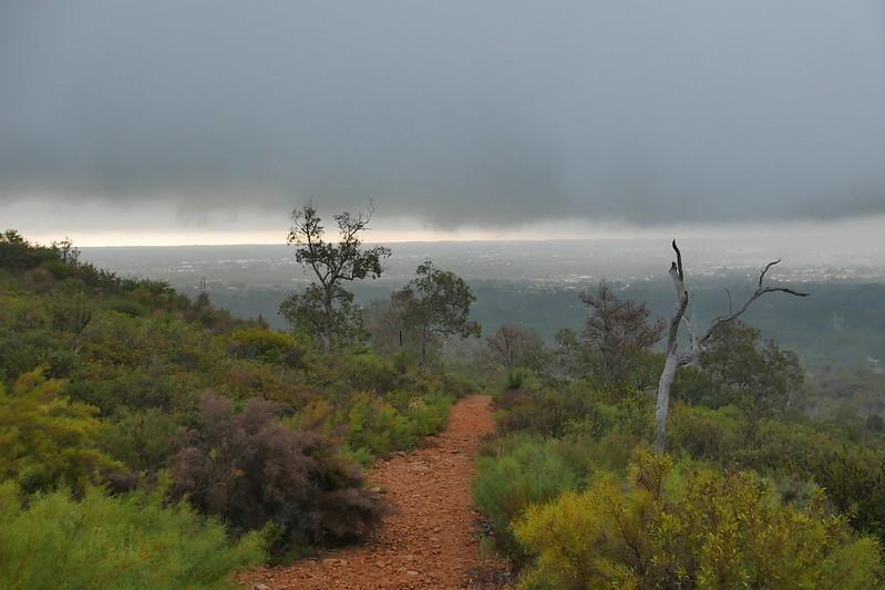 In Perth ist es im April kalt und regnerisch. Schnell weg hier.