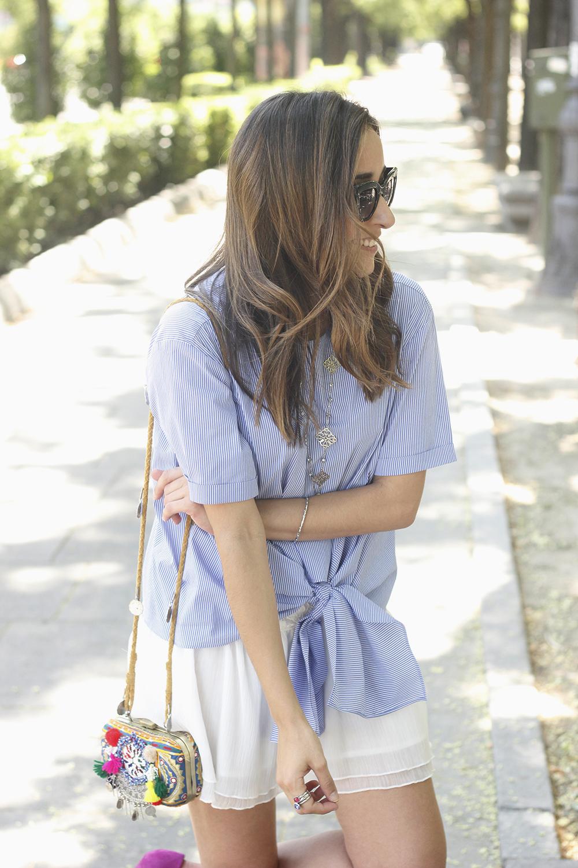 Knotted striped shirt white skirt brosway jewels summer outfit carolina herrera heelsfashion style13