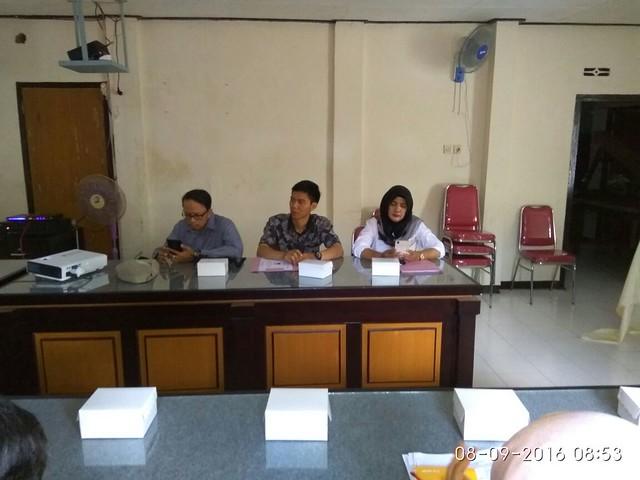 KPU Tulungagung saat menghadiri Rakor dengan Bakesbangpol Tulungagung (8/9)