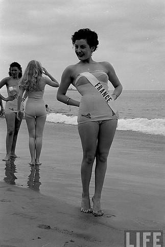 En 1952, Mlle Claude Goddart défend les chances françaises.