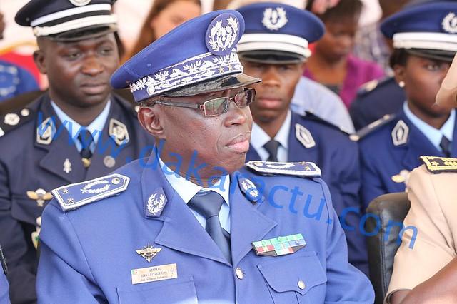 Generale Jean Batis Tine 4834-BorderMaker
