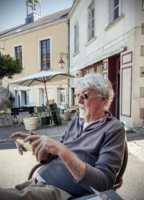 At La Verticale, - Bar à Vin & Cave à Manger.