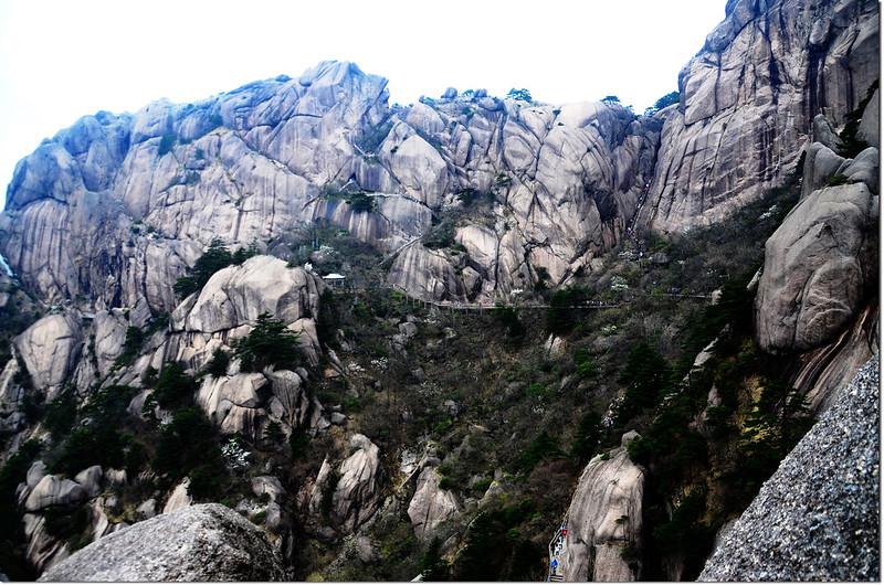 一線天(桃花道,右)與鰲魚洞(升官發財道,左) 1