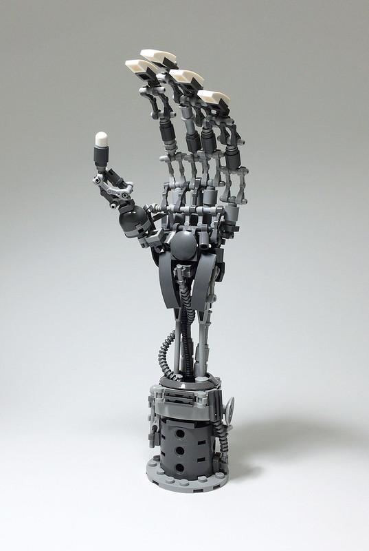 LEGO Mech Hand-01