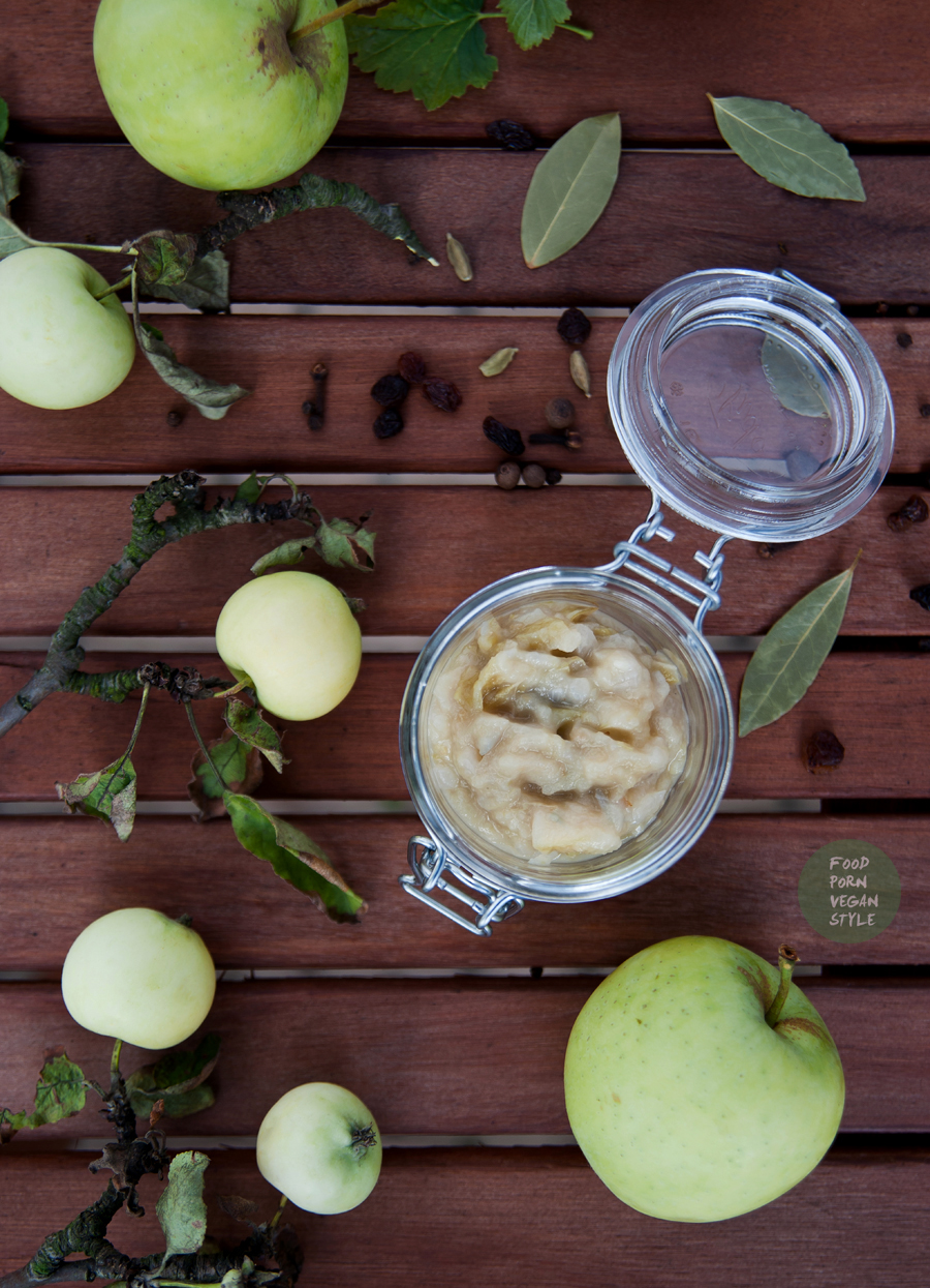 Sweet apple chutney with cardamom