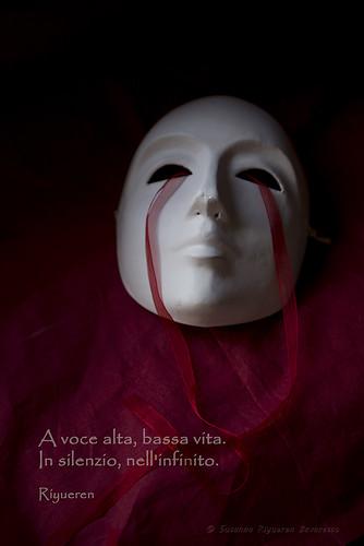 Rosso e silenzioso (red and silent)
