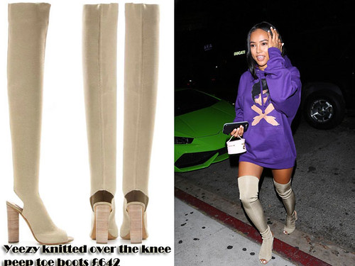 Hooded sweatshirt with Yeezy knitted over the knee peep toe boots