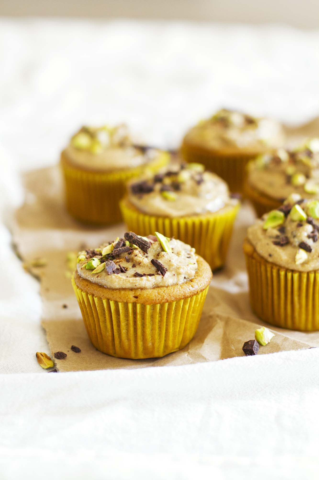 Cannoli Cupcakes | girlversusdough.com @girlversusdough