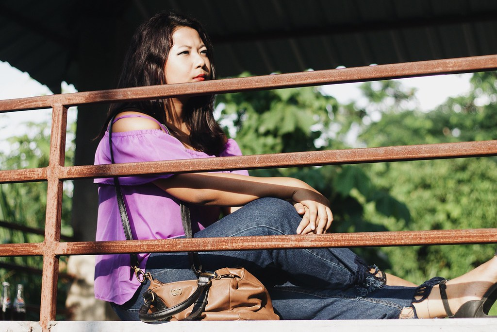 Selestyme by Chayanika Rabha Indian fashion blogger Style tips on How to wear Flare Frayed jeans