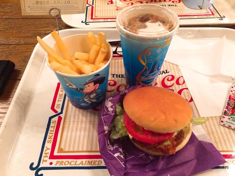 雞肉漢堡&冰可可亞