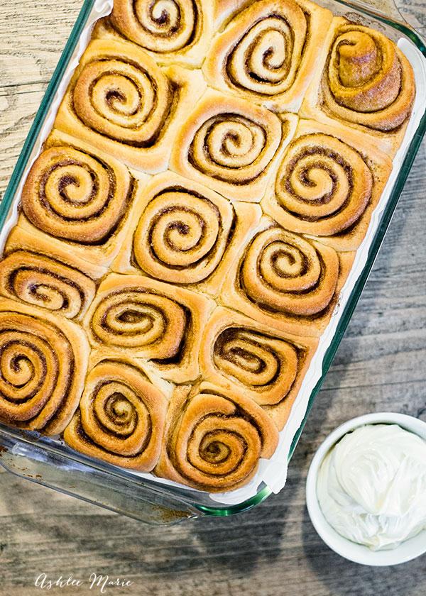 i love tight cinnamon swirls in my cinnamon rolls - video tutorial with the recipe