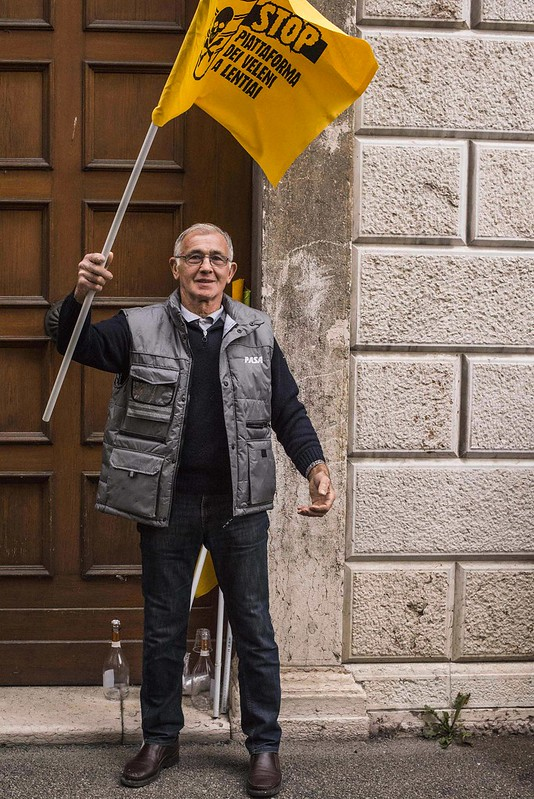 13.10.2016 - VITTORIA: BOCCIATA LA PIATTAFORMA DEI VELENI!