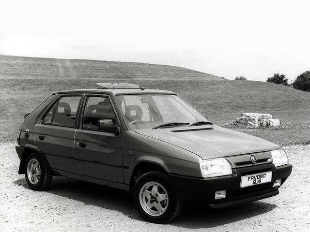 Хэтчбек Skoda Favorit для рынка Британии. 1989 – 1994 годы