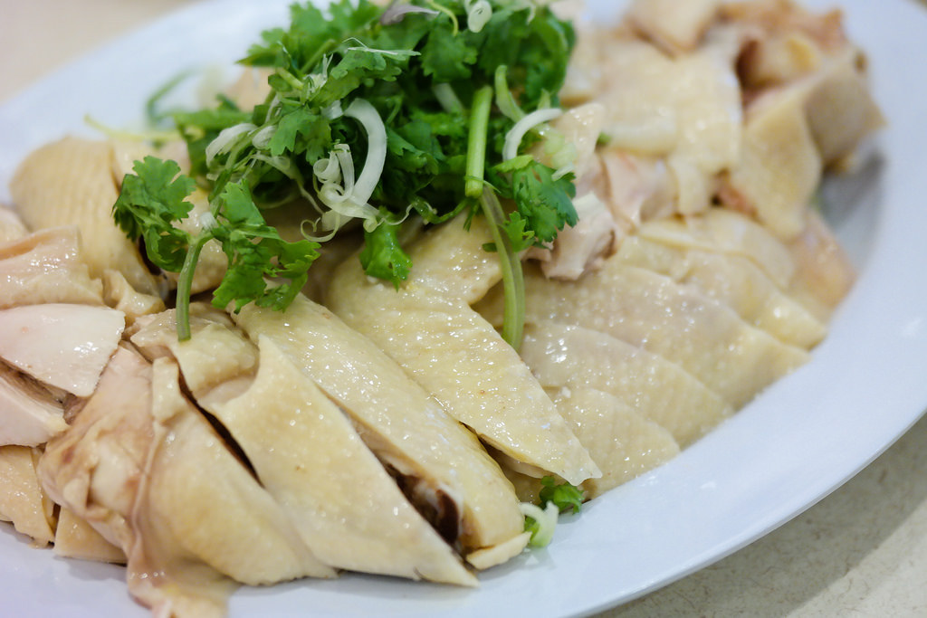 Michelin Bib Gourmand: Tian Tian Hainanese Chicken Rice