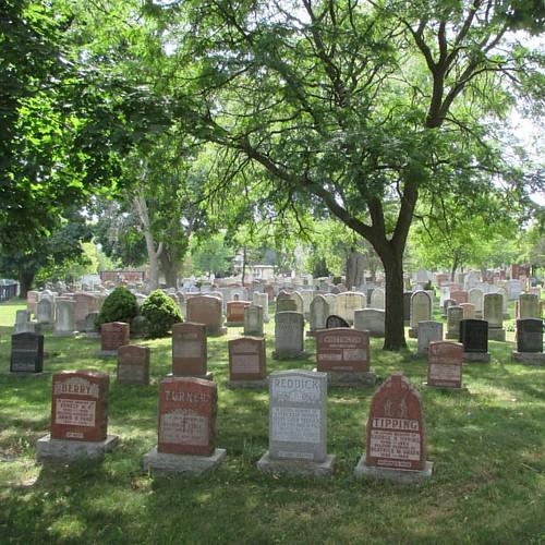 Tombstones #toronto #kingstonroad #upperbeaches #cemetery #stjohnsnorwaycemetery #tombstones