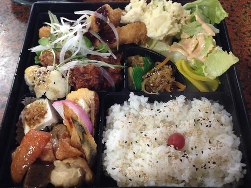 kumamoto-city-tagosaku-chefs-recommendations-lunch-box01
